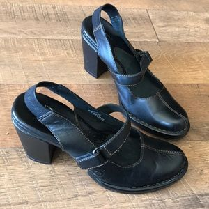 Born shoes in size 8 in Black
